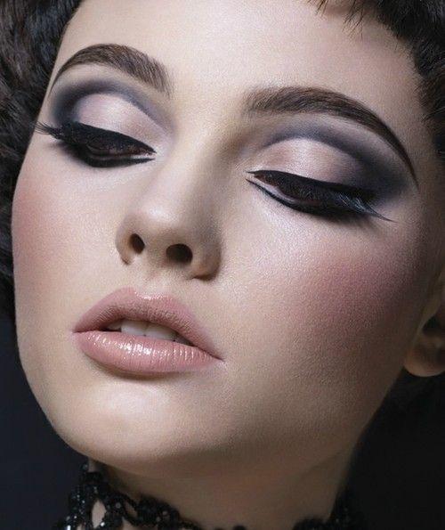 .Beautiful Makeup, Make Up, Eye Makeup, Dramatic Eye, Lips, Eyeshadows, Cut Crease, Eyemakeup, Hair