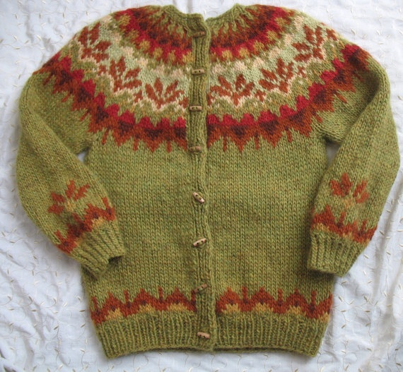 NEW Hand knit sweater traditional Icelandic Women Afmæli Cardigan green M Mediuml pure wool yoke via Etsy