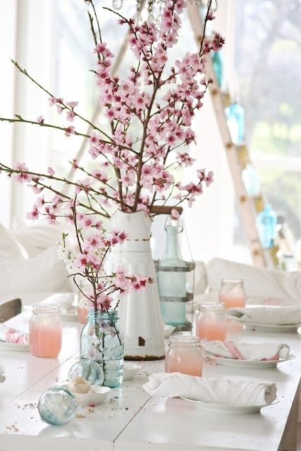 Bloomish, japan cherry tree, table ware, table decoration inspiration.Floral decoration.