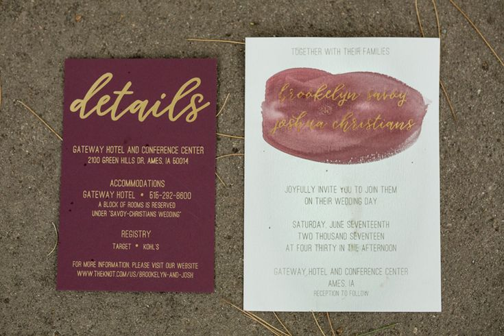 Modern burgundy wedding invitations (Heritage Photography)