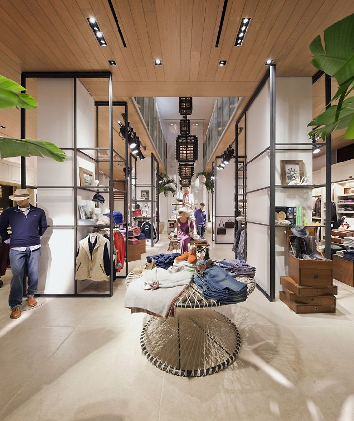 Tommy Bahama flagship store, New York