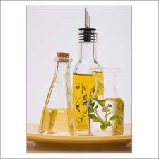 AOS Products is a prominent manufacturer, wholesale suppliers company of Neem Oil in India. We export superior quality and natural Neem Oil and its products to all over the globe.