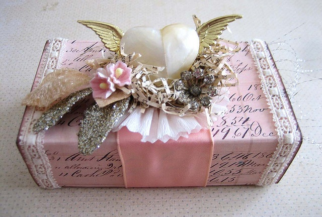 wow.... what a beautiful gift ... wrapped by Terri Gordon