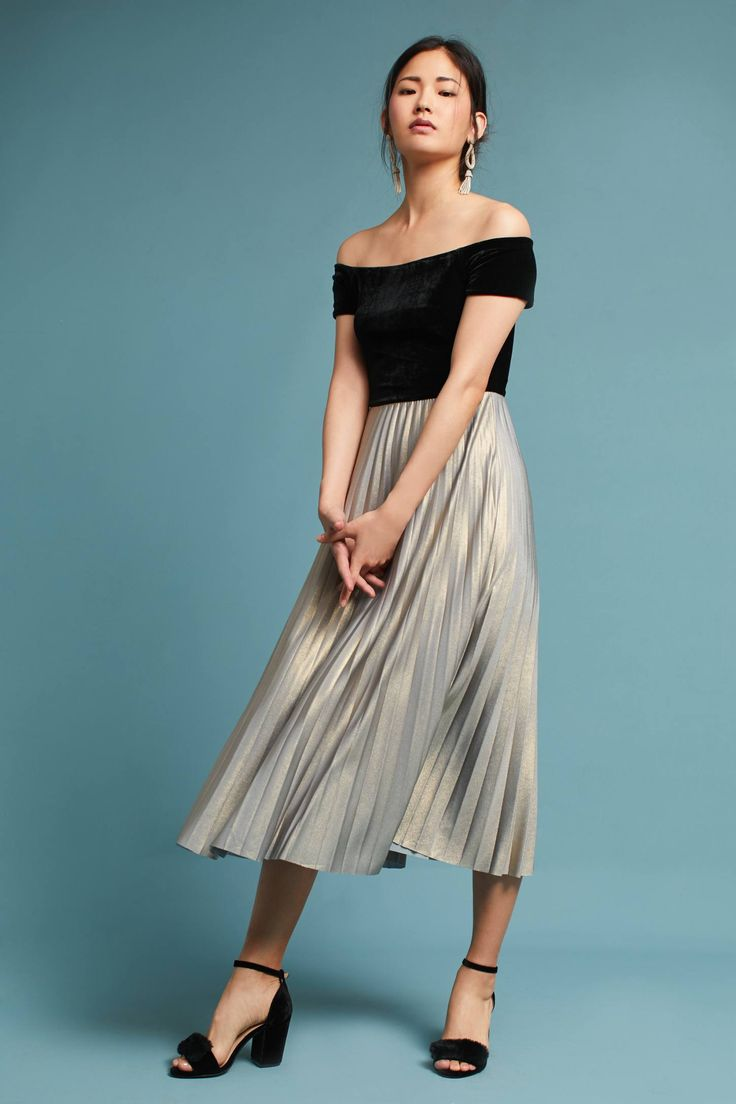 Shop the Velvet Off-The-Shoulder Pleated Dress and more Anthropologie at Anthropologie today. Read customer reviews, discover product details and more.