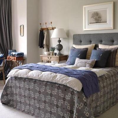 Mavi-gri yatak odası dekorasyonu