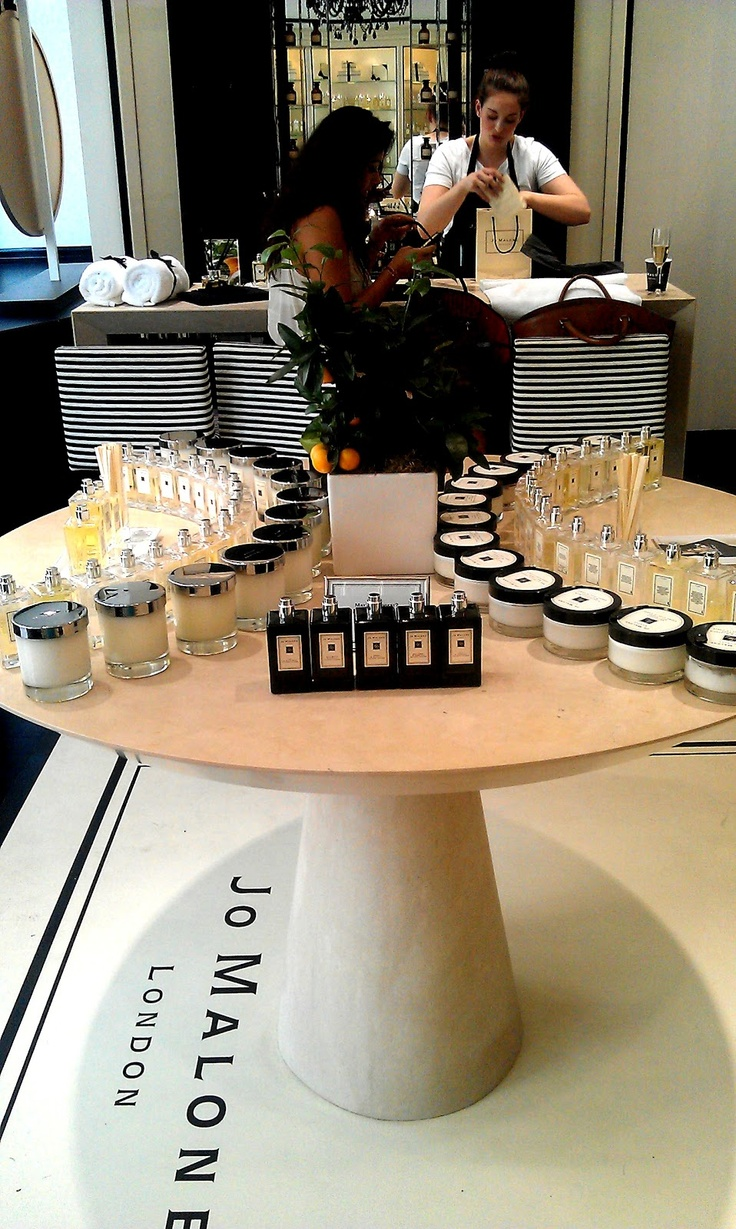 Jo Malone London - Covent Garden boutique   http://www.londonbeautyqueen.com