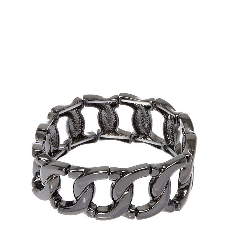 £5. Bracelet