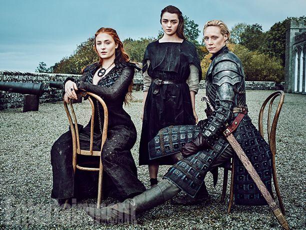 Como contamos aqui, Game of Thrones ganhou seis capas na revista Entertainment Weekly desta semana, para celebrar o retorno da série. Focada na ascens...