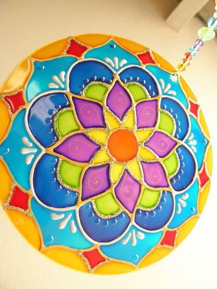 25 melhores ideias de mandalas em cd no pinterest arte for Cuadros mandalas feng shui decoracion mandalas