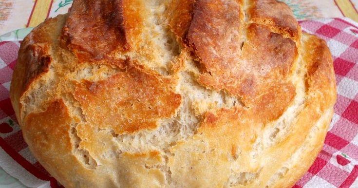 Mennyei Hűtőben kelt házi kenyér recept! Meghoztam a friss kenyeret. Többször megsütöttem már, nagyon bejött nálunk. Este összeállítom, reggel már süthetem is. Ajánlom mindenkinek a friss házi kenyeret. 1 bögre= 2,5 dl