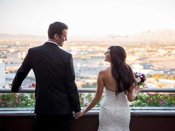 Real Couples Reveal Why They Got Married in Las Vegas | Photo by: KMH Photography | TheKnot.com