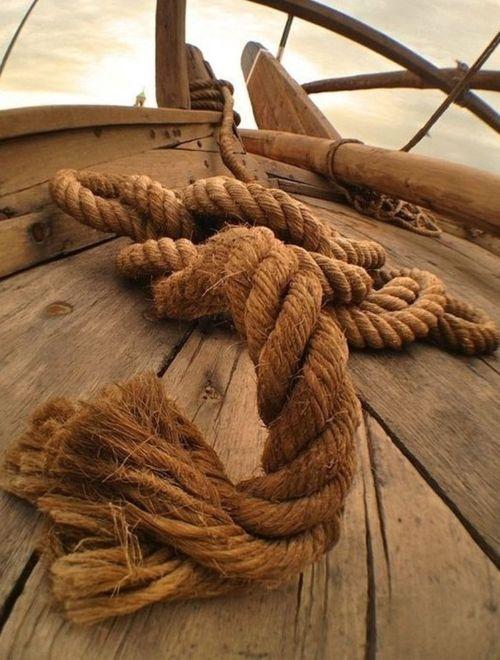 Sailing moment, knots, knitting, nautic, rope