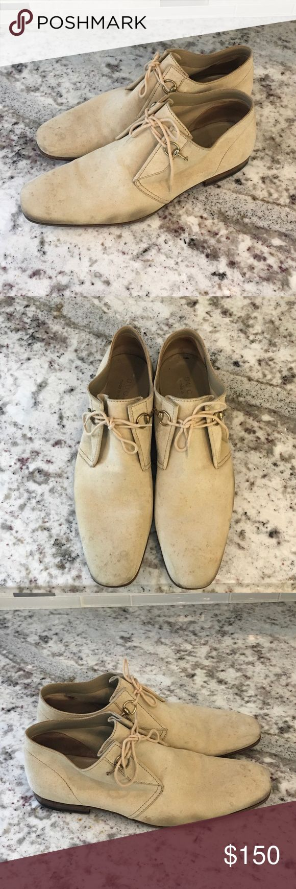 Men's Gucci Oxford Worn. Tan suede men's Gucci shoe. The tops of the shoes have some stain but once cleaned with suede shoe cleaner, they will look brand new. Gucci Shoes Oxfords & Derbys