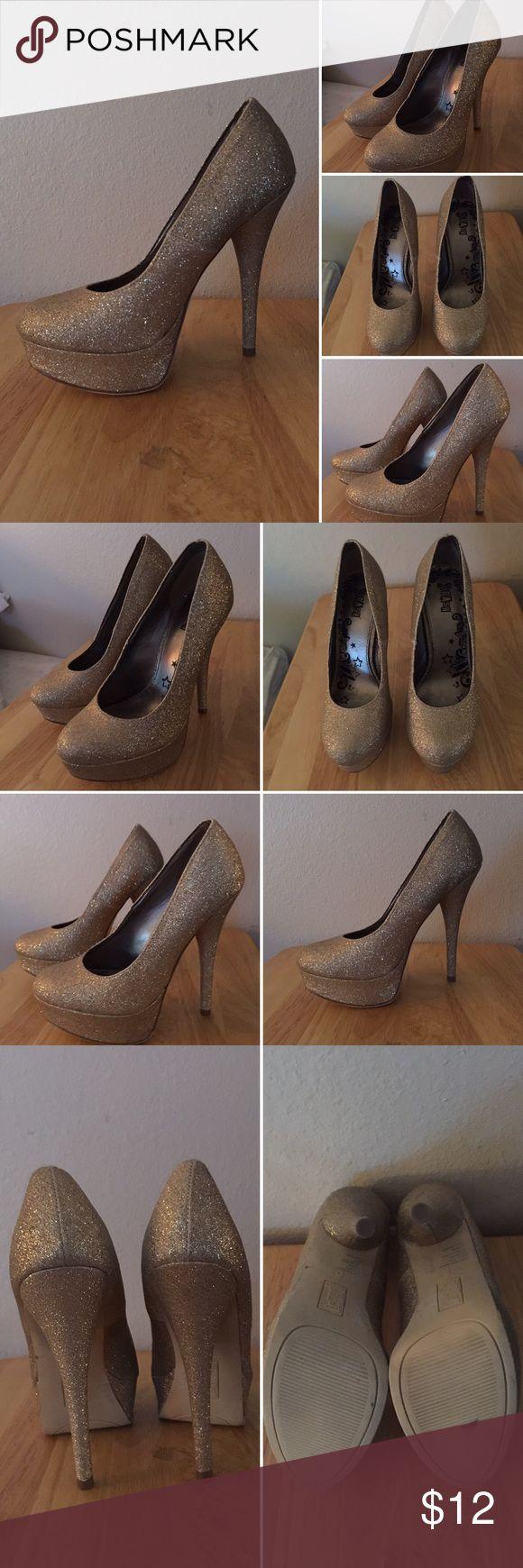 Brash Glittery Gold Stilettos Brash glittery gold stilettos. Size 5. Brash Shoes Heels