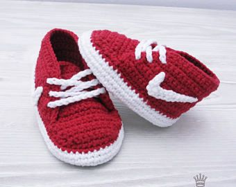 Zapatos de bebé del ganchillo Crochet botitas de bebé 0-3 zapatillas de meses Crochet zapatillas zapatillas Nike botines rojo EMPREARIALES babyshower regalo bebé