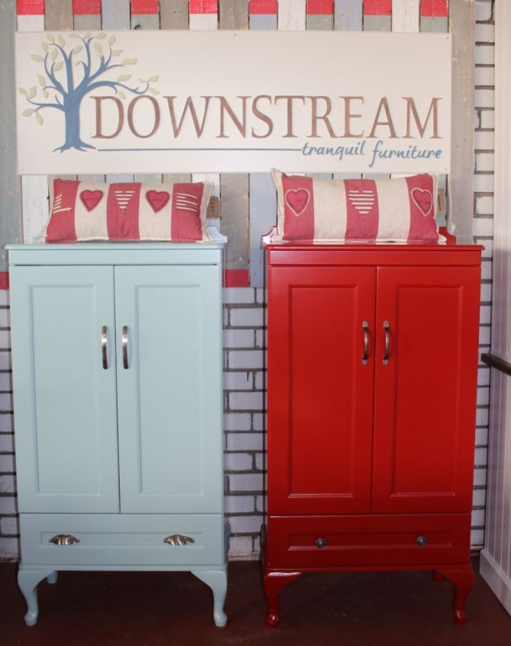 Country cabinets is light Blue and Postbox red