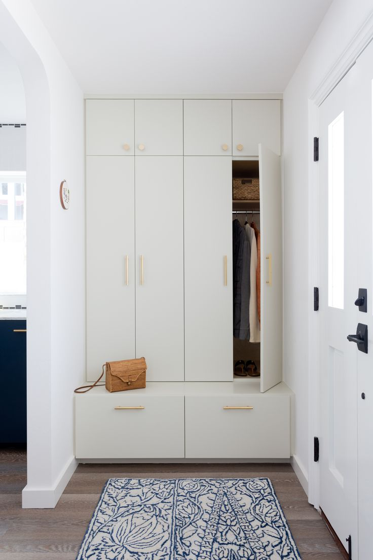 entryway built-in closet // mudroom