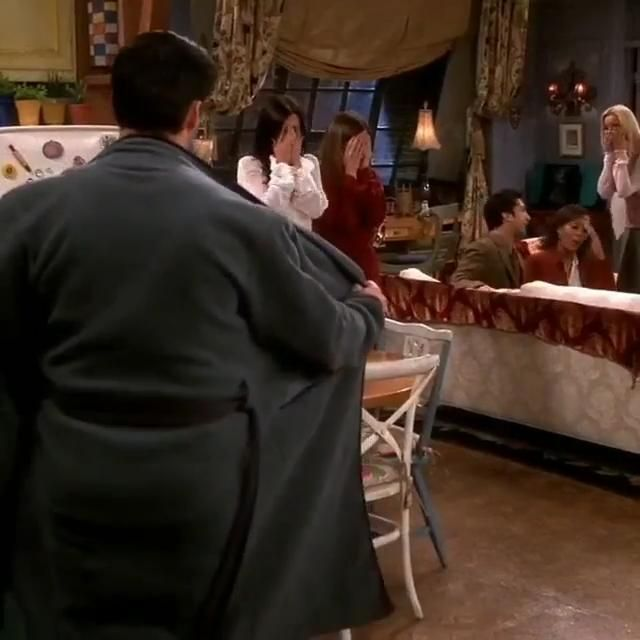 Friends Funny Moments, Friends Scenes, Friends Cast, Friends Episodes, Friends Gif, I Love My Friends, Friends Tv Show, Monica Friends, Friend Jokes