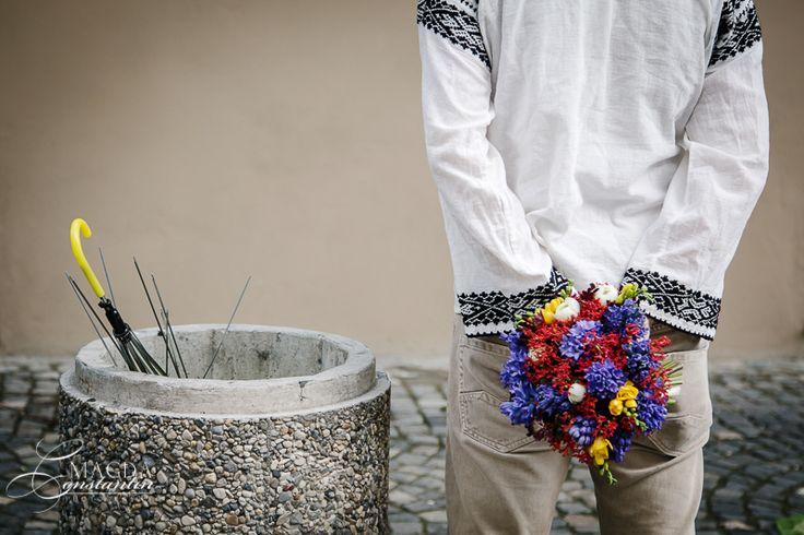 Oameni si flori – Tom   Interesart