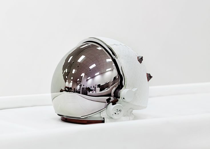 Space Helmet, Extravehicular Visor Assembly, John F. Kennedy Space Center [NASA], Florida, U.S.A., 2011.  photo: Vincent Fournier