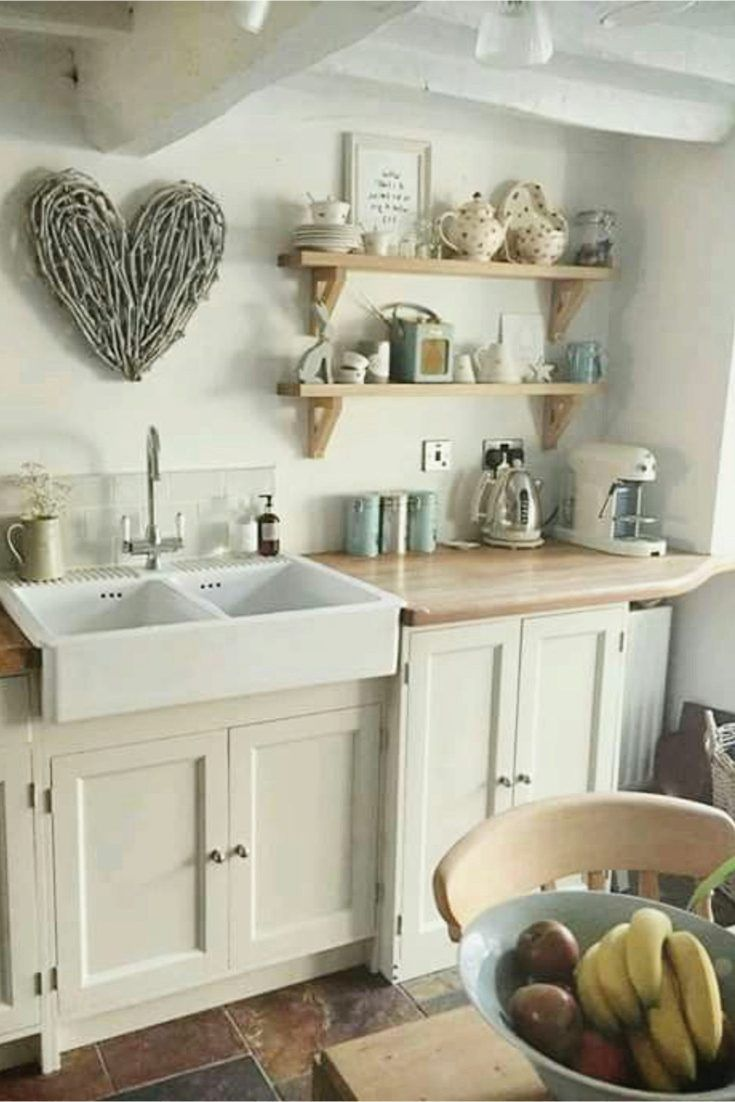 Farmhouse Kitchen Decorating Ideas Love The Old Rustic Look Of This