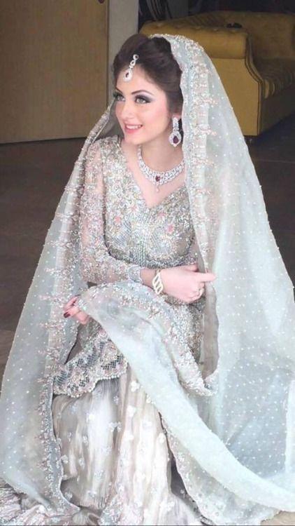 Pakistani bride #pakistanimodels #pakistanicelebrities #fashionmodels http://www.tog.com.pk/