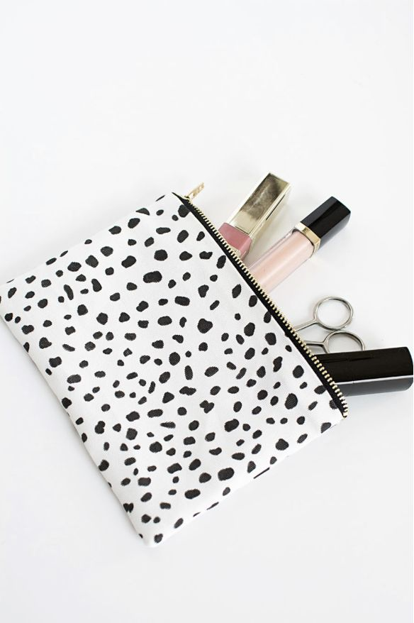 Make this easy make-up pouch WITHOUT a sewing machine inspired by the new Emily & Merritt collection for PBTeen.