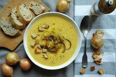 Zupa cebulowa z serkiem topionym | Blog kulinarny Zakochane w Zupach.pl