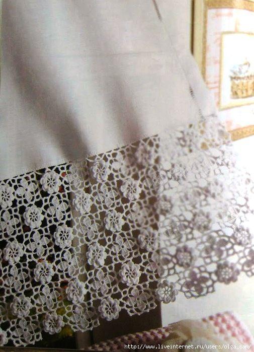 Belo barrado de crochê que pode ser aplicado em toalhas de mesa, cortinas, etc.