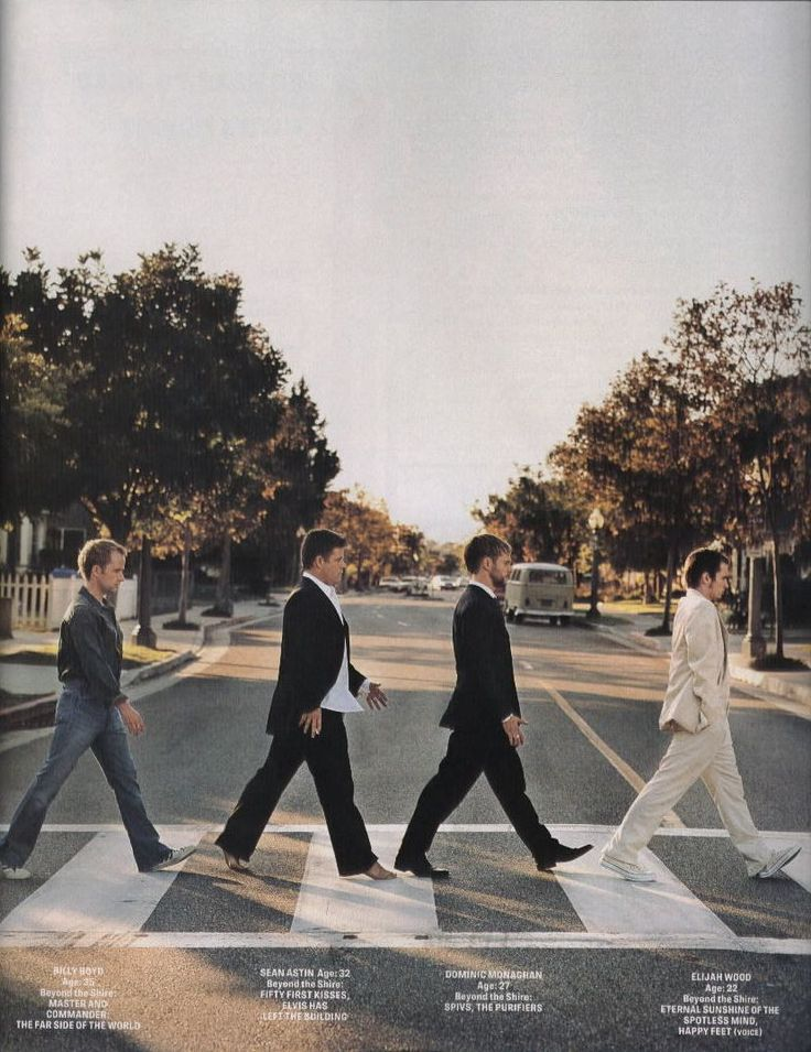 Billy Boyd, Sean Astin, Dominic Monaghan, and Elijah Wood. Abbey Road!