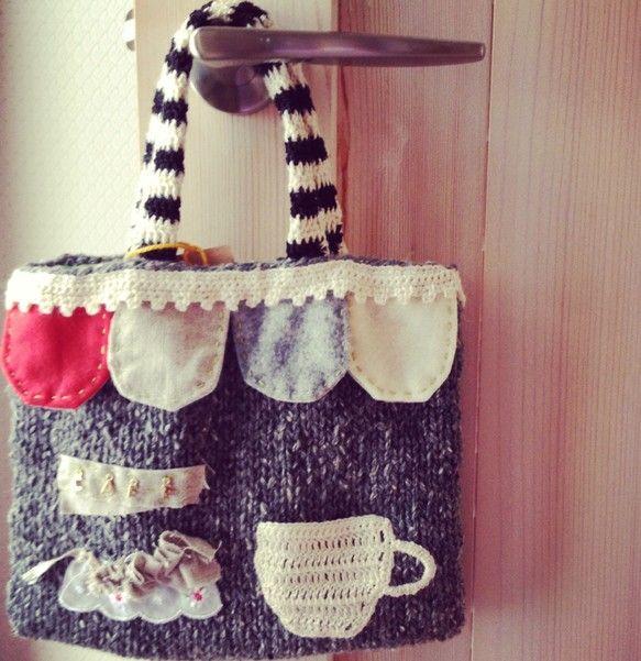 メリヤス編みのバッグをデコレーションしました。|ハンドメイド、手作り、手仕事品の通販・販売・購入ならCreema。