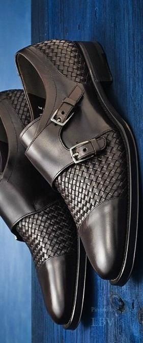 """Ferragamo There's always something like this which helps you """"Look fantastic so you FEEL AWESOME"""" Tackle each day in style!  http://www.hectorbustillos.me/"""