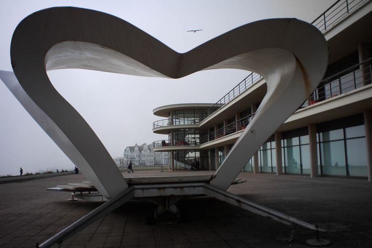 Sculpture and architecture interacting in this image of the De La Warr Pavilion by Nick