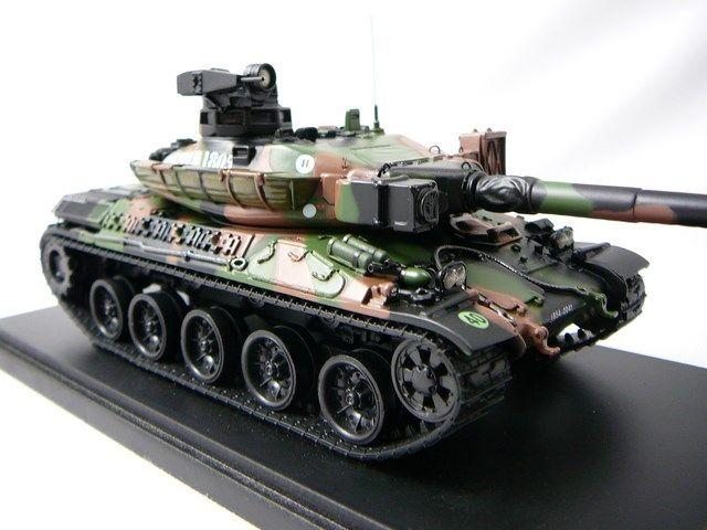 char de combat amx30 b2 miniature 1 48 masterfighter. Black Bedroom Furniture Sets. Home Design Ideas