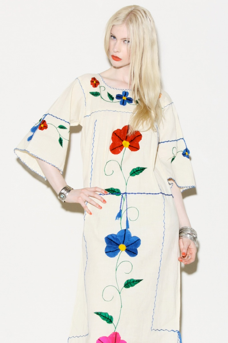 Vintage 70s Mexican Embroidery Dress