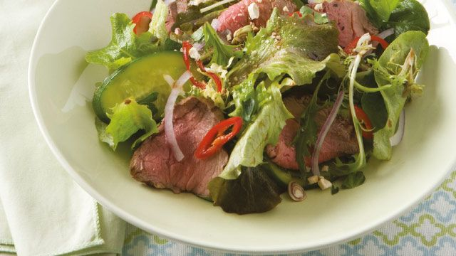 Chilli & Cashew Rare Beef Salad | The Biggest Loser