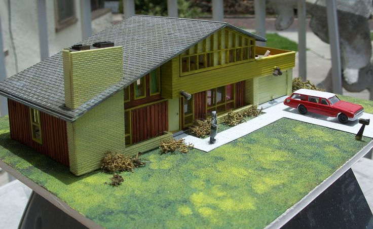 Vintage ho scale house model kit assembled mid century New model contemporary house