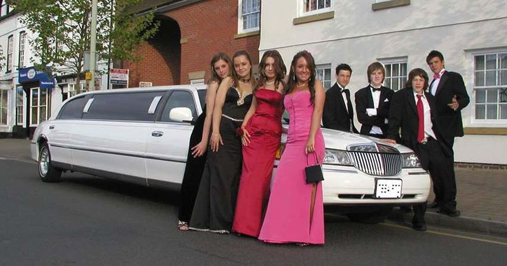Selecting Elegant Transportation For Special Events