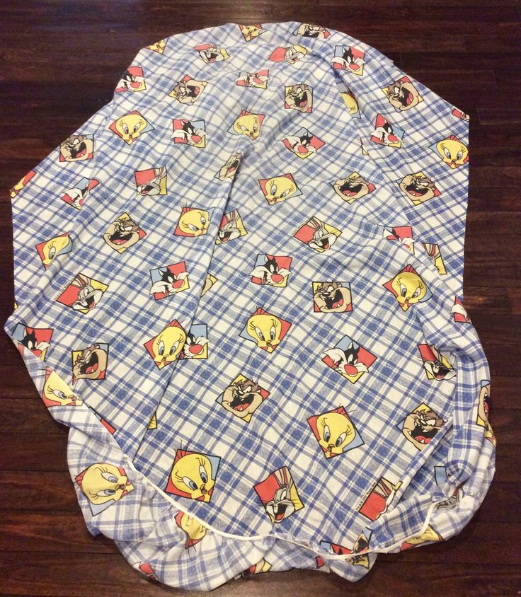 1995 warner brothers looney tunes twin sheet set featuring tweety sylvester and the tasmanian devil cartoon bed sheets vintage kid sheets - Kid Sheets