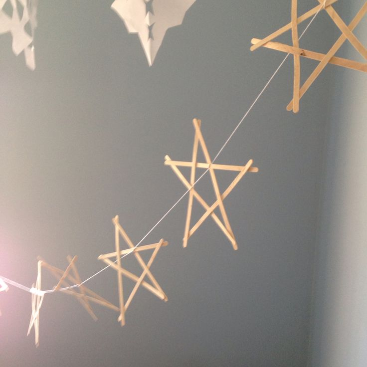 Wooden star Christmas bunting.