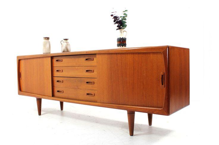 60s and 70s furniture 60er jahre sideboard l teak massiv l h p hansen denmark gemarkt. Black Bedroom Furniture Sets. Home Design Ideas