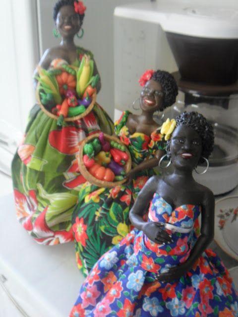 Márciartesanatos Noivinhos Humanizados e personalizados: marciartesanatos: Bonecas de cabaça em biscuit