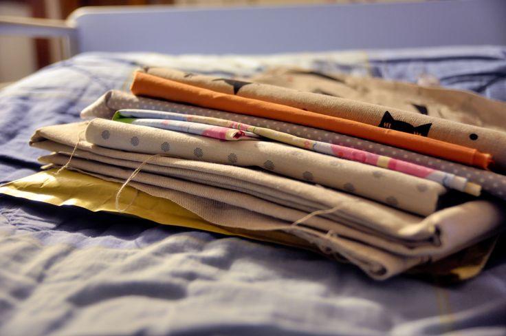 Shopping online di tessuti: dubbi, consigli e recensione di alcuni siti