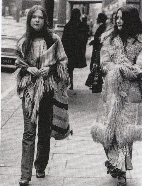 I love the natural look on these young women; not a blush, mascara or lipstick has touched their faces.  The clothing is pure bohemian and their hair uncombed.  A snapshot of the late 60's.