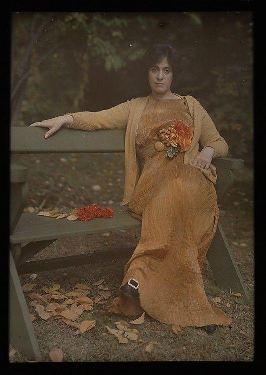 Mrs. Selma Schubart wearing Fortuny, photo by Alfred Stieglitz c.1907