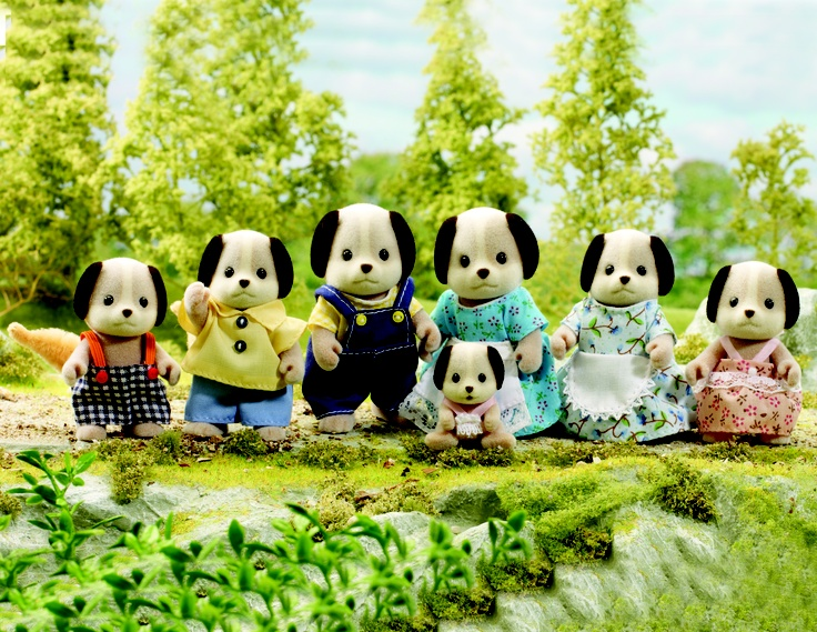 dog family toys | ... Sylvanian Families - Celebration Beagle Dog Family /Toys on Coolshop