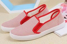 Brand: NO Shoe Type: Casual Shoes Toe Type:Round Toe Closure Type: Slip On Heel Type:Flat Heel Height: 1-3cm Gender: Female Occasion: CasualSeason: Spring Summer Autumn Color: Blue Red Material: Upper