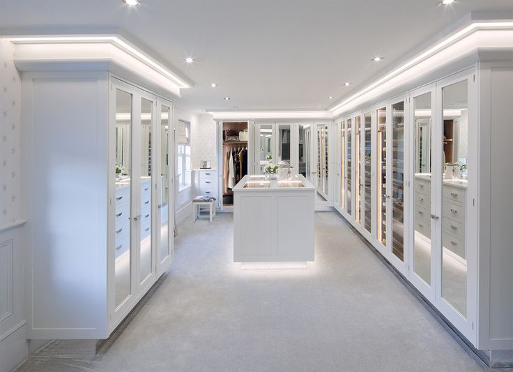 1000 images about walk in closets on pinterest man for Fancy walk in closet