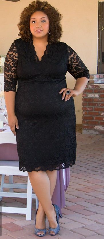 #plussize Scalloped Lace Boudoir Dress in Black at Curvalicious Clothes Trendy Curvy | Plus Size Fashion | Fashionista | Shop online at www.curvaliciousc... TAKE 15% OFF Use code: SVE15 at checkout