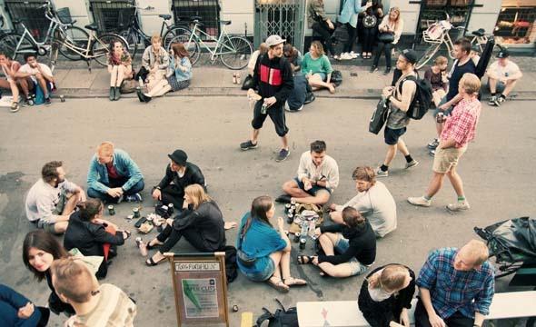 ARTREBELS PAPER CUTS MAY 2012 http://artrebels.com/blog/2012/06/01/paper-cuts-poster-project/?utm_campaign=paper_cuts_blogpost_medium=pinterest _source=artrebels_blog